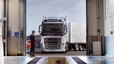Software Upgrades - Vehicle Care - Volvo Trucks Services