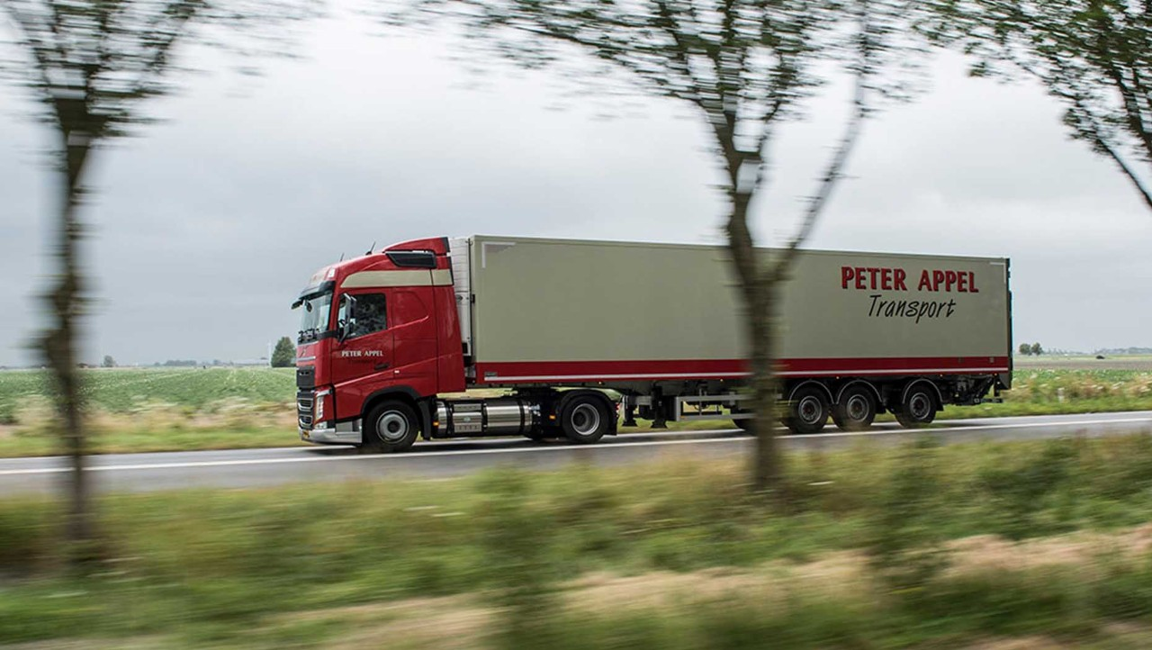 Peter Appel Transport beschikt over verschillende Volvo LNG-trucks.