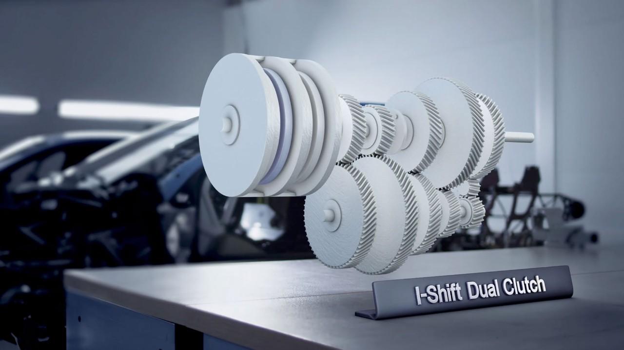De innovatieve I-Shift Dual Clutch biedt soepele vermogensafgifte zonder vermogensverlies tijdens het schakelen.
